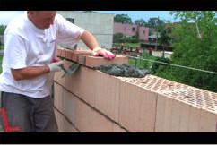 Murowanie - warstwa z pełnej cegły.