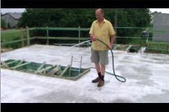 Jak zalać fundament betonem?