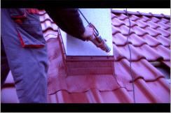 Uszczelnianie dachu.